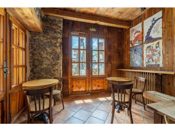 Nos maisons à la vente 16 pièces Immobilier au Grand-Bornand 800m2